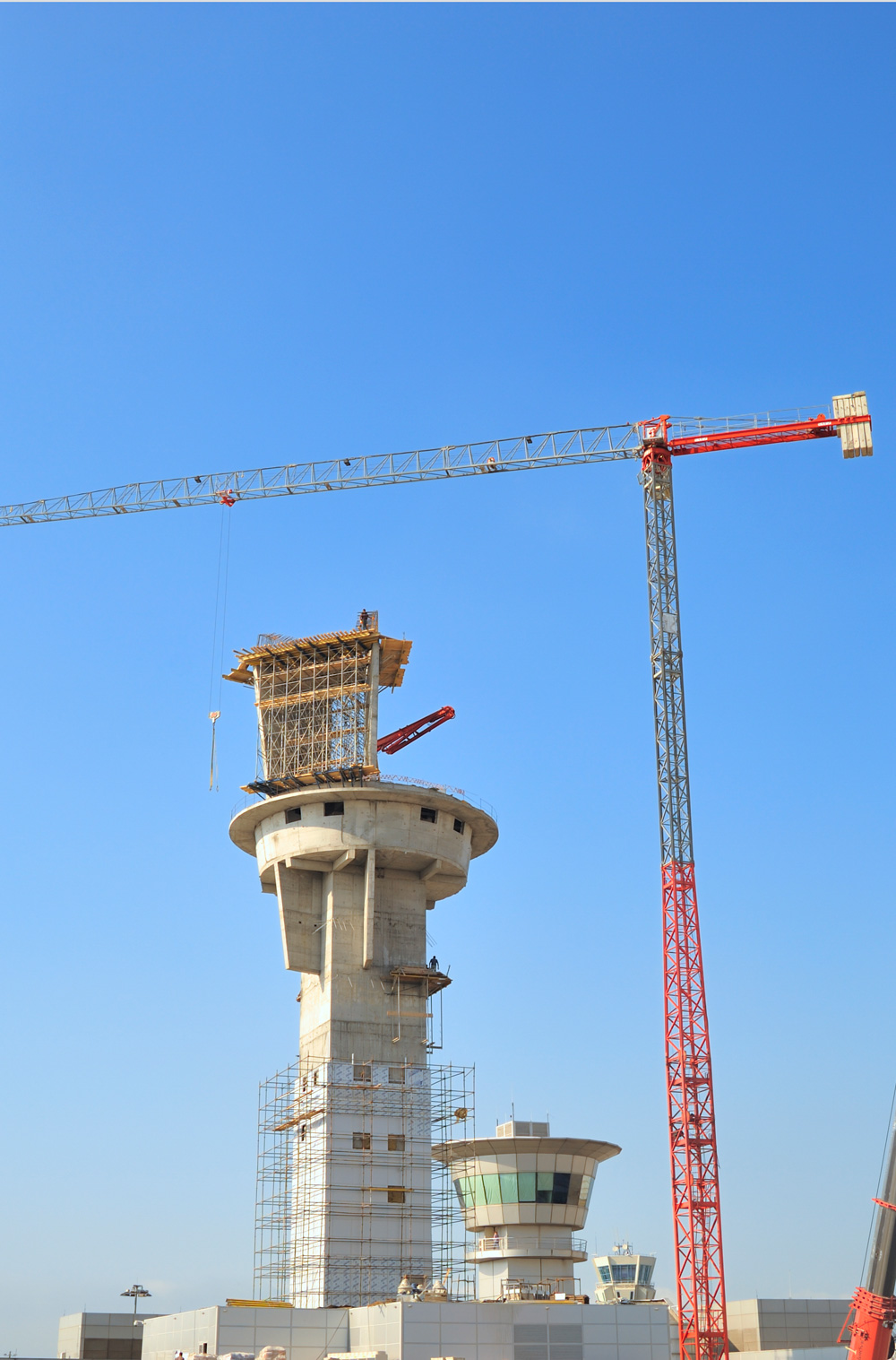 construction-of-airport-tower-large